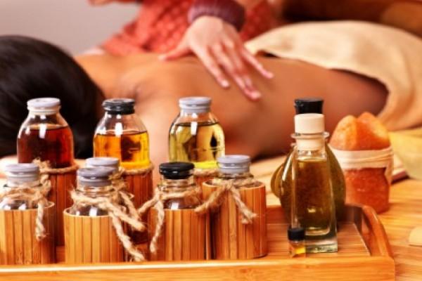 Hướng dẫn cách dùng tinh dầu Tràm và lưu ý chung khi dùng Tinh dầu