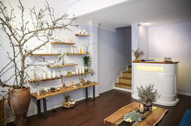 Trang trí, tạo hương thơm đặc trưng cho spa bằng đèn xông tinh dầu