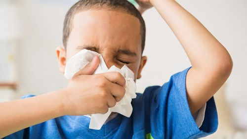 Trẻ em dễ bị cảm cúm