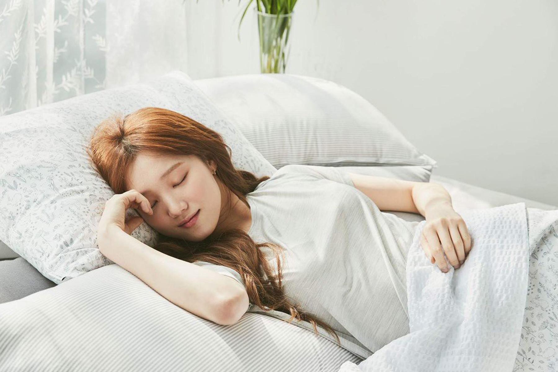 Tinh dầu thơm phòng - Mang lại giấc ngủ ngon, giảm bớt căng thẳng